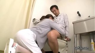 nurse Masturbation patient in toilet
