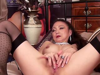 Oriental doxy in her 40s goes solo fearsomefearsome PornDoe