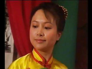 华语老片还珠格格(国语发音中文字幕情色恶搞)小燕子全裸陪阿玛