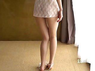 超大乳晕美女的写真视频