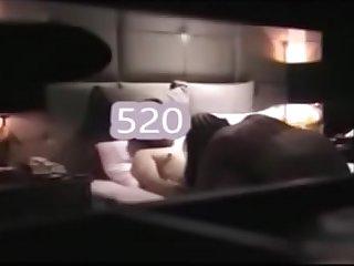 对白淫荡的两个闺蜜玩SM虐奶 舔鲍鱼
