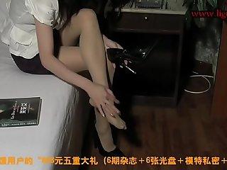丽柜 丽柜美束 丝袜美女惨遭歹徒打晕  酒店遭歹徒强绑