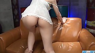 Hot japan girl Hitomi Oki in beautiful sex video