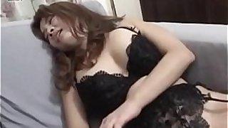 Hot japan girl Mako Kamizaki receive dick