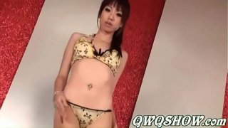 Chinese models dancing very sexy (nonnude)